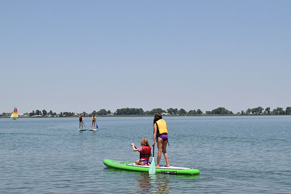 ymca-summer-camp-paddleboard